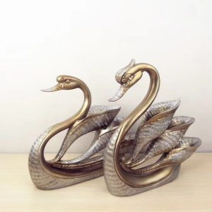 Swan Home Decor | Living Space