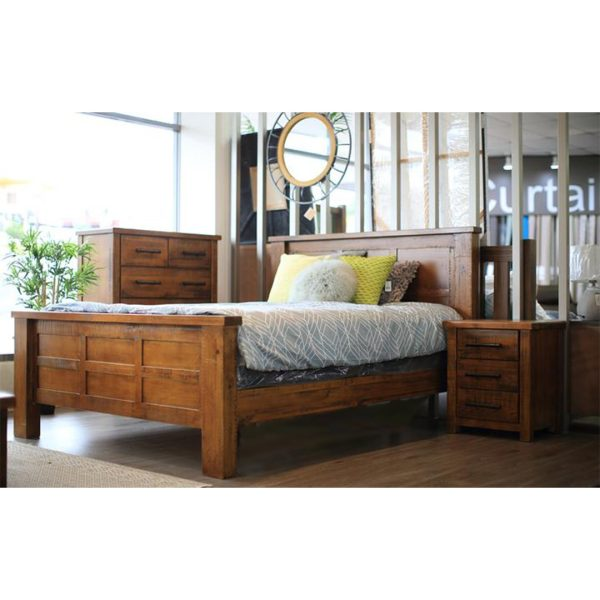 Macclesfield Bedroom Suite   Living Space